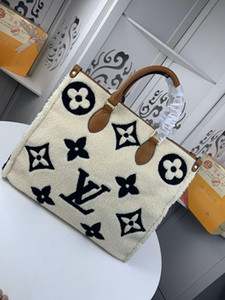 2020 peluche OnTheGo M44576 FEMMES sacs à main de luxe concepteur sacs à main Sac messenger Cross embrayage corps Panier sac à bandoulière Totes Sac cosmétique