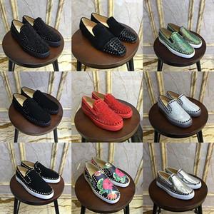 Zapatos de moda del vestido de partido escotado de Spike Hombres Mujeres rojo de diseño de fondo de lujo zapatilla de deporte de fiesta de la boda del pie roja de cuero genuino informal Chaussure