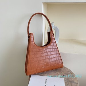 Women Handbag Retro crocodile Shoulder Bag Alligator Subaxillary Bag Vintage Small Triangle green Handbag 2020 Luxury Women k02