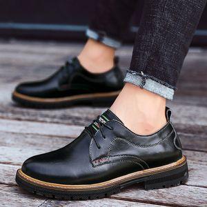 Mens dress Shoes Casual British style split Leather Men Footwear Officer Classic Shoes Men Black formal business shoes