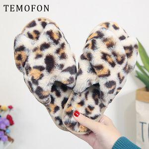 TEMOFON 2020 Mode Frauen Schuhe Winter Indoor-Pantoffel weiche Hauptschuhe Frauen Pantoffel pelzige Schwellen Frau HVT1307