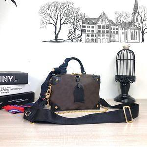 Designers Bags Bags Petite Malle Mostle Женщины Tote Bag 2020 Горячие Проданы Женские Сумки Дизайнеры Сумки Подкладки Сумки