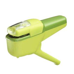 Staple creativo caldo mini cucitrice sicuro cucitrice meccanica della carta libera all'Ufficio vincolante cucitrice cucitrice Senza Staple