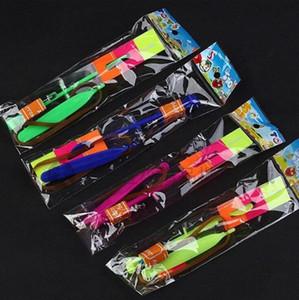 LED FLIER Flyer LED fliegen Erstaunliche Pfeil Hubschrauber Flying Regenschirm Kinder Spielzeug Erstaunliche Schuss Beleuchtung Parachute Geschenke MEER VERSAND