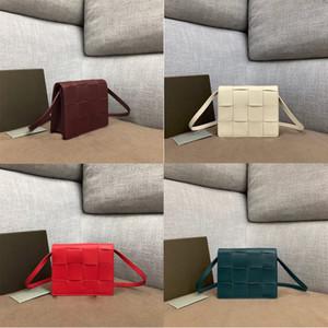 2020Top Qualité de la poche souple Weave Calfskin Ladies sac à main d'embrayage Mode crossbody femmes Sac fourre-tout