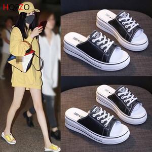 Talones de última moda de las zapatillas de deporte de las cuñas Diapositivas Las mujeres sandalias de la plataforma Comfort zapatos de los deslizadores de las mujeres del verano