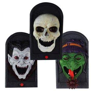 Decorazioni di Halloween Animated Haunted campanello Skull campanello Prop con la linguetta in movimento e illuminare gli occhi per Halloween Party H-0054