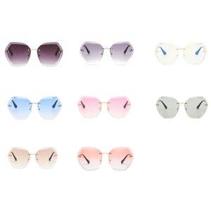 2020 Yeni Kadın Moda Çerçevesiz Düzensiz Gradient Güneş Gradient Renk Hediye Vintage Ayna Shades Gözlük