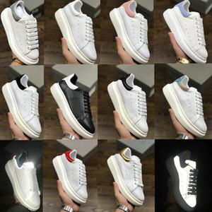 2020 das mulheres dos homens formadores reflexiva 3M couro branco Plataforma Sneakers Womens Mens plana Casual sapatos de casamento festa de camurça Sneakers Desporto