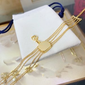 fashion charm Bracelet Round Cake Bag Tag Old Flower Multi-chain 18k gold Bracelet Fashion Unique Top Brass Bracelet Supply
