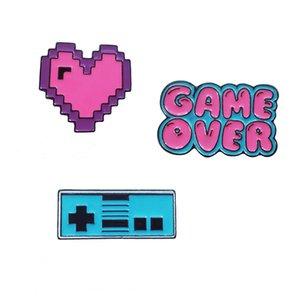 style japonais mignon dessin animé jeu de console de jeu de coeur d'amour de pixel sur la broche Broche badge