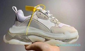 d2020 новой моды Тройной Кристалл Bottoms Мужские Женские Повседневная обувь Paris 17FW кроссовки Vintage папа Платформа Женщины Flats Тренеры 02T