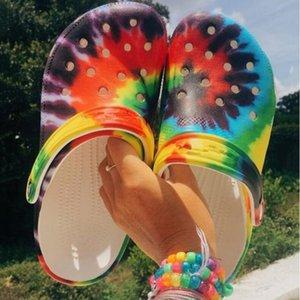 Chaussures Baotou Sandales d'été Plage Mode Femmes Femmes Hommes Slip-on Chaussures Chaussons Femme Homme Croc Sabots Crocks Crocse eau Mulets