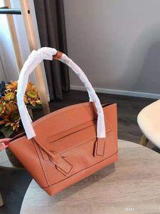 Sıcak satış tasarımcı notu yüksek kaliteli kadın yay ve tatar yayı çanta çanta, eşsiz, yüksek kaliteli atmosferi tasarlanmış.