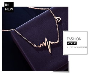 Titanium Necklace Heartbeat Chart Heart-Shaped Japanese And Korean Version Clavicle Chain Letter Rose Gold Web Celebrity Elegant Necklace
