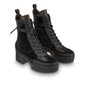 세계 투어 사막 부팅 2020 새로운 여성 디자이너 부츠 플랫폼 부팅 우주선 발목 부츠 여성 플라밍고 메달 Womens Martin Boots Box