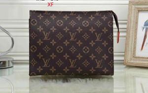 Louis Vuitton  British Fashion retrò femminile borsa di 2018 Cuoio Donne Borse Rivet Tote Ragazze Shoulder Bag Messenger # 245453