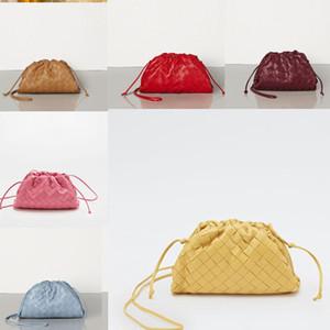 2020 Kadınlar kese içinde TEREYAĞ BUZAĞI Yumuşak Oversize Debriyaj derece de Yumuşacık Dana derisi tasarımcı lüks çanta çantalar Kadınlar Bulut