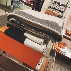 140x170cm novo h manto throid lance cobertor crochet lã macia lenço xale portátil sofá quente cama lã de malha capa cor-de-rosa Cobertor
