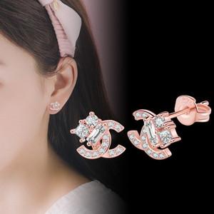 925 Argento Ago Moda lettera C Orecchini di cristallo Strass di cristallo Semplici orecchini per le donne ragazze