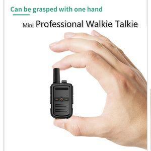 Çocuklar için okul Yürüyüş Mini Walkie Talkie Profesyonel Radyo İstasyonu Transceiver Ultra İnce Ultra Küçük Telsiz Çift Yönlü Telsiz Kamp
