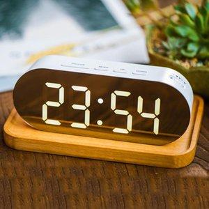 Réveil numérique Miroir Surface Dimmer Grand écran LED avec ports USB chargeur double Snooze Sleep Timer Pour Chambre Décor