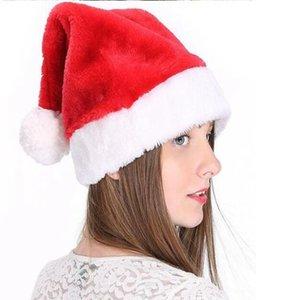 Christmas Hat Gefüllte Santa Hüte weicher Plüsch Weihnachtsmann Pom-Pom Kappe Weihnachten Erwachsene Cosplay Cap Party-Hut YYA426 200pcs