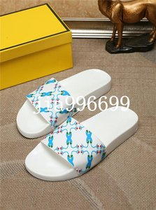 Summer 2020 new classic comfortable luxury men s shoes fashion designer high quality fashion classic casual slippers flip flops fdzhlzj D258