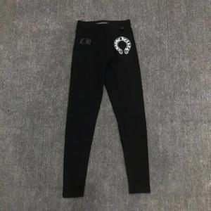 Новые популярные логотипы леггинсов черного цвета с тощими подковами поперечному печатью можно носить с комфортом