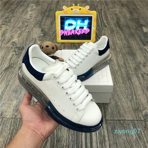 Top Quality 2020 della piattaforma scarpe di cuoio delle donne degli uomini Blcak Velet Sneakers Miglior modo di bianco Flat esterna giornaliera Party Dress Shoesz07