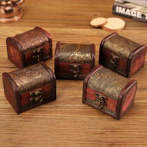 Livraison gratuite 200pcs bijoux vintage boîte boîte de rangement Organisateur Mini motif fleur en bois contenants en métal à la main en bois petites boîtes OWF1016