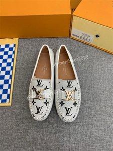 2020 Top Шипы Узелок Арена обувь люкс Повседневная обувь тапки женщин VINTAGE tradingbear 35-41 dx200706