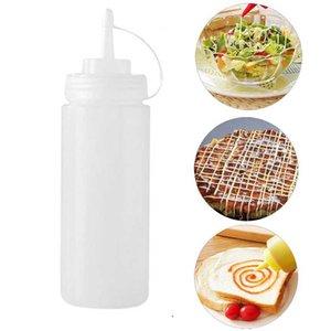 6pcs / set 240ml Squeeze Bottle Com torção Cap Restaurante Tempero Molho Squirt