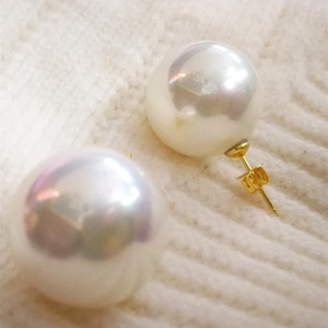 18mm white Shell Pearl gold Stud Earrings round ball beads Natural South Sea Shell Pearl Woman Jewelry 200921