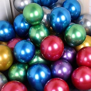 كيس 50pcs / متعدد لؤلؤة حجم اللاتكس بالون سميكة من الكروم اللون لامع قابل للنفخ البالونات زفاف جديد تسلق المعادن حفلة عيد الميلاد الديكور