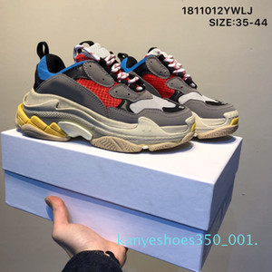 Fashion Crystal Bottom Paris 17FW Triple S Men Designer Sneakers Vintage Dad Platform Women Luxury Casual Shoes Sports Trainers Boots k01