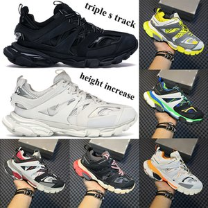 Hot delle donne degli uomini dei pattini casuali triple s scarpe aumento di altezza Binario bagliore nel buio corridore rosa blu Sneakers Trainers US 6-12