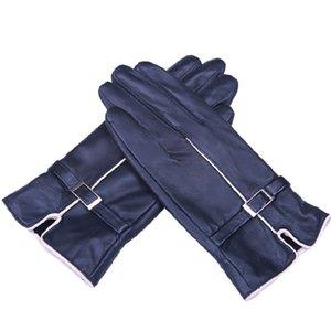 2020 new leather gloves ladies warm high-grade outdoor sheepskin gloves buckle plus velvet thickening explosion models