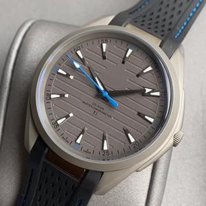 Titanium Steel Borracha Correia Mens Mecânica Mecânica Dos Homens Designer Relógios 150m Movimento Relógio Dobrável Relógios Clasp Clasp WristWatches