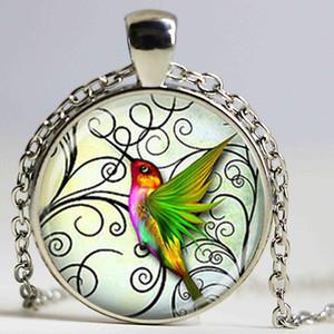 Kadınlar için yeni moda Hummingbird Takı Yeşil Hummingbird Kolye Moda el yapımı takı cabochon Toptan Cam Kubbe