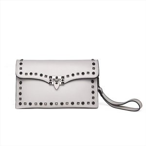 Causal Women Day Clutches Female Rivet Envelope Handbags Fashion Evening Clutches Bag Drop Shipping Good Quality