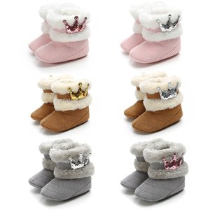 Fashion Newborn Baby Girl Winter Warm Casual Boots Crown Fur Middle Calf Long Slippery Furry Baby Shoes 0-18M