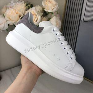 Scarpe casual di alta qualità Uomo Donna Piattaforma Chaussures Matte Pelle Tennis Pelle Skateboard Scarpa Velvet Scarpe Chaussures