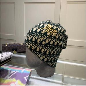 2020 Progettazione Beanie alta qualità Trend invernale lavorato a maglia in cashmere Cappelli Moda Lana Pullover Cappelli caldi per gli uomini e le donne di trasporto