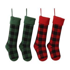 Knit Christmas Stockings Buffalo Check Christmas Stocking Plaid Xmas Socks Candy Gift Bag Indoor Christmas Decorations GWE3143