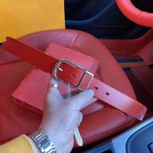 Neues hochwertiges zweiteiliges Set, alte Kalbsleder-Handtasche, Edelstahlschnalle Ledergürtel, Kastenverpackung, sind drei Farben erhältlich.