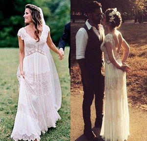 Vintage Bohemian Lace Wedding Dresses Romantic V-neck Backless Country Hippie Garden Flowy Skirt Bride Dress vestidos de novia