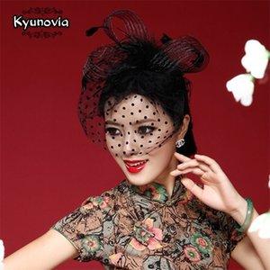 Las plumas de flores nupcial púrpura Birdcage Rojo / Kyunovia Hermoso Negro / blanco / rosa / novia de la boda sombreros del fascinator Cara velos FW12