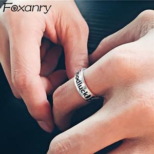Foxanry 925 Sterlingsilber-Ringe für Frauen neuer Art und Weise Weinlese-Weaving Chian Englisch Brief eleganter Geburtstags-Party Schmuck Geschenk