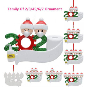 2020 New Year Santa Claus with Masks Image Decoration for Christmas Trees Resin Baubles Ornaments with Hand Sanitizers Quarantine Souvenirs